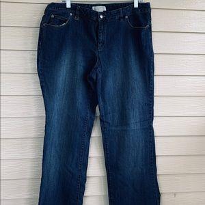 Michael Kors Jean, distressed, Size 16
